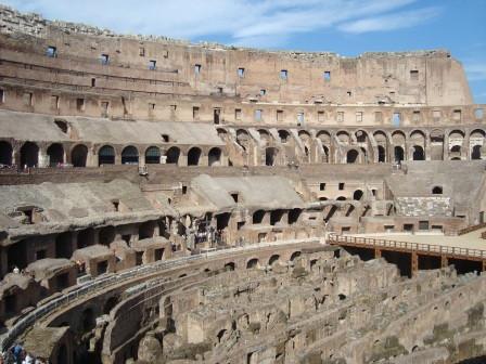 InteriorColosseum